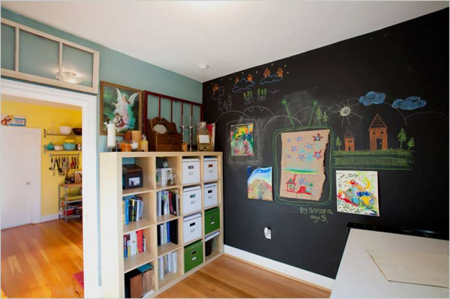 What's the Best Kind of Paint to Use in a Child's Bedroom?